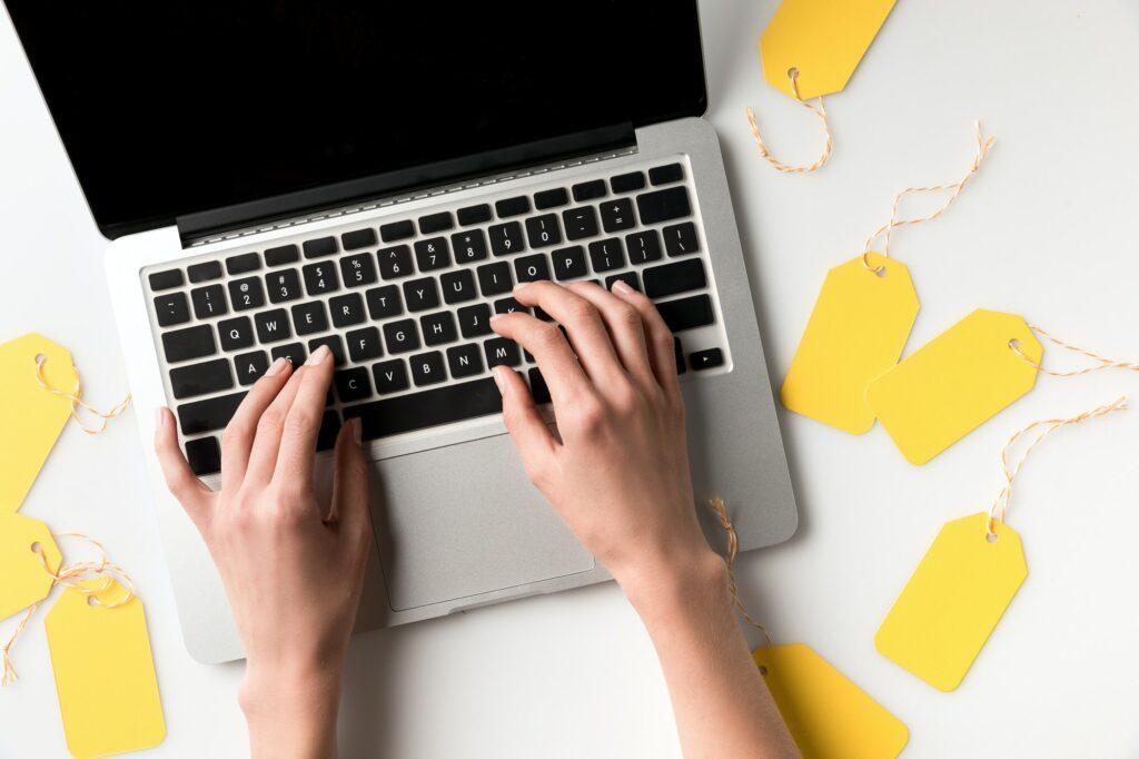 Hvad koster en webshop om måneden