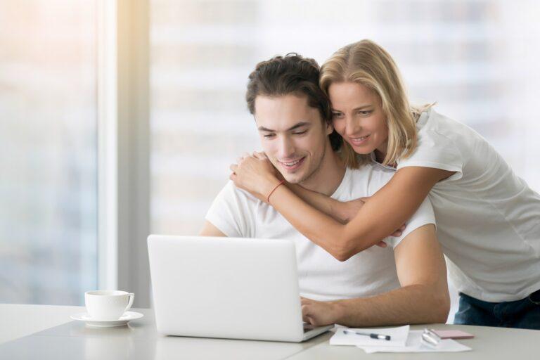 Professionel hjemmeside designet af webdesigner til bryllup